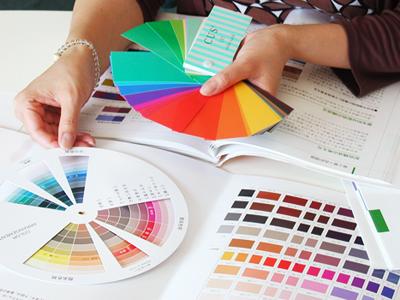 色の教材販売